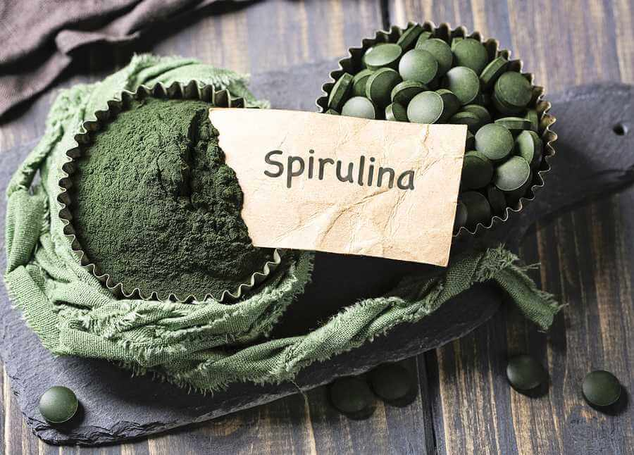 Spirulina benefits for health - spirulina tablets and powder